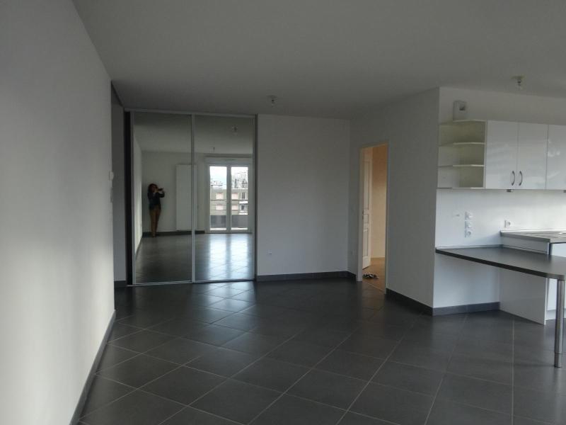 Location appartement Grenoble 1335€ CC - Photo 3