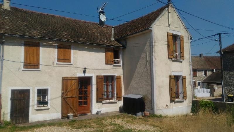 Sale house / villa Marines 211000€ - Picture 1