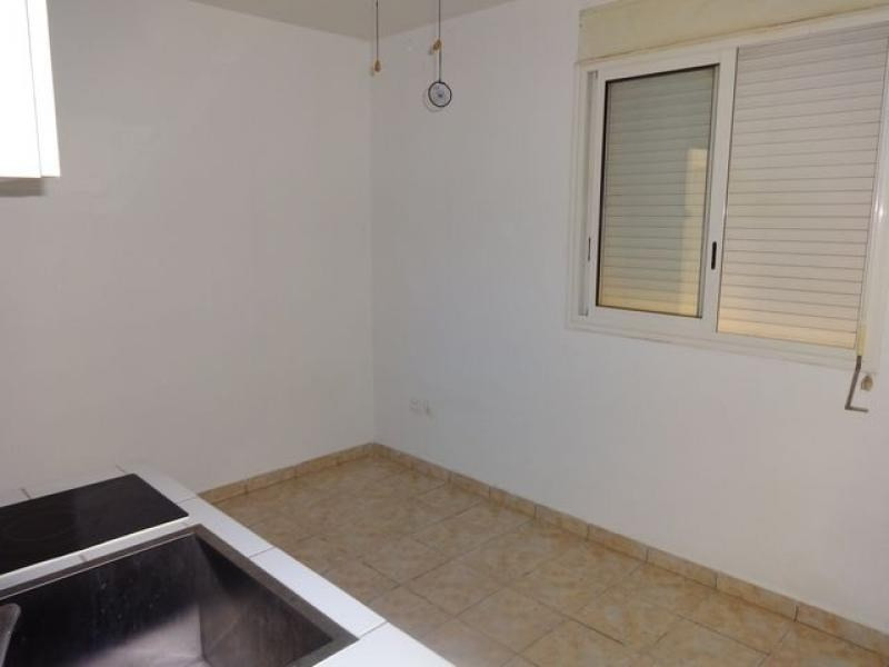 Rental apartment Le tampon 361€ CC - Picture 6