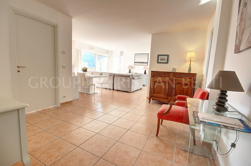 Vente de prestige appartement Mandelieu 699 000€ - Photo 10
