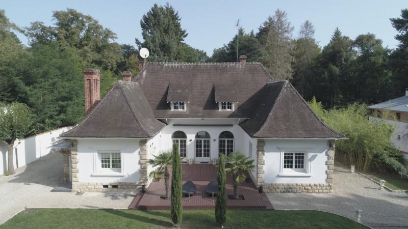 Belle demeure proche chantilly de 360 m² édifiée sur 4700 m²