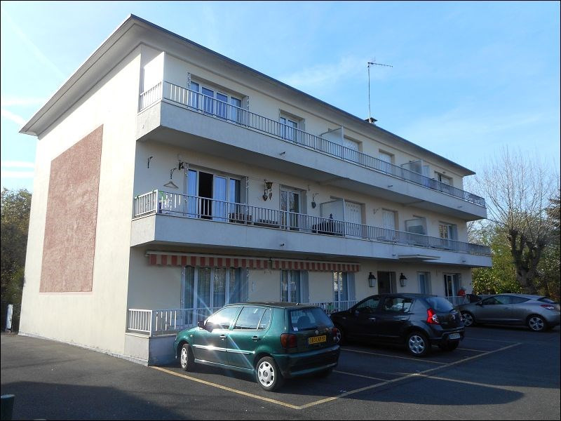Location parking Juvisy sur orge 83€ CC - Photo 1