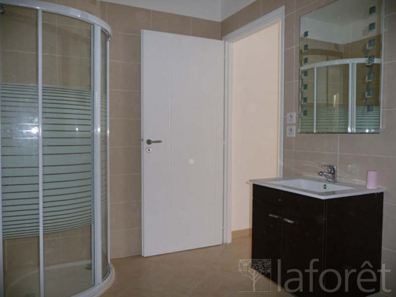 Location appartement Menton 544€ CC - Photo 3