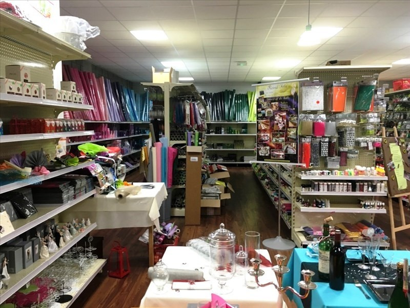 Vente fonds de commerce boutique Fougeres 125 760€ - Photo 2