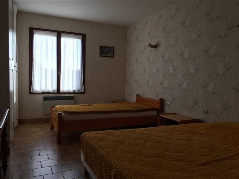 Sale house / villa St vincent sur jard 164320€ - Picture 8