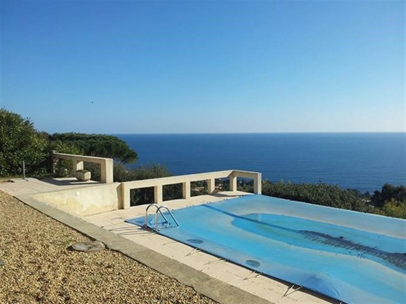 Vacation rental house / villa Les issambres 2 125€ - Picture 11