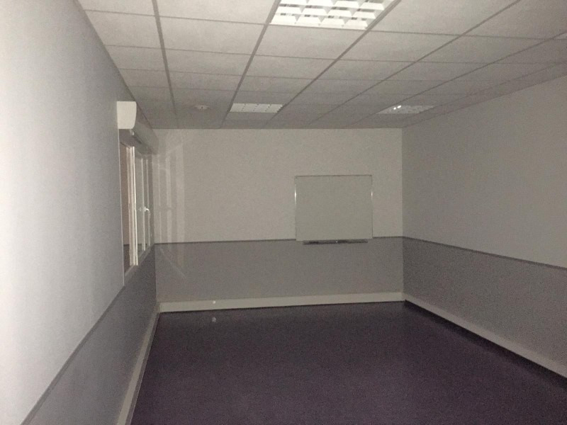 Rental empty room/storage Roanne 650€ HT/HC - Picture 3