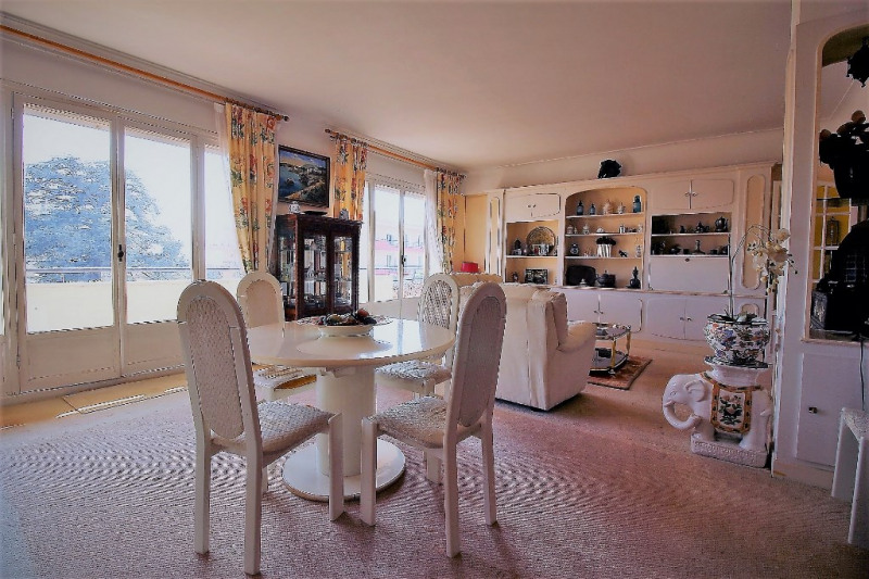 Deluxe sale apartment Nice 635000€ - Picture 2