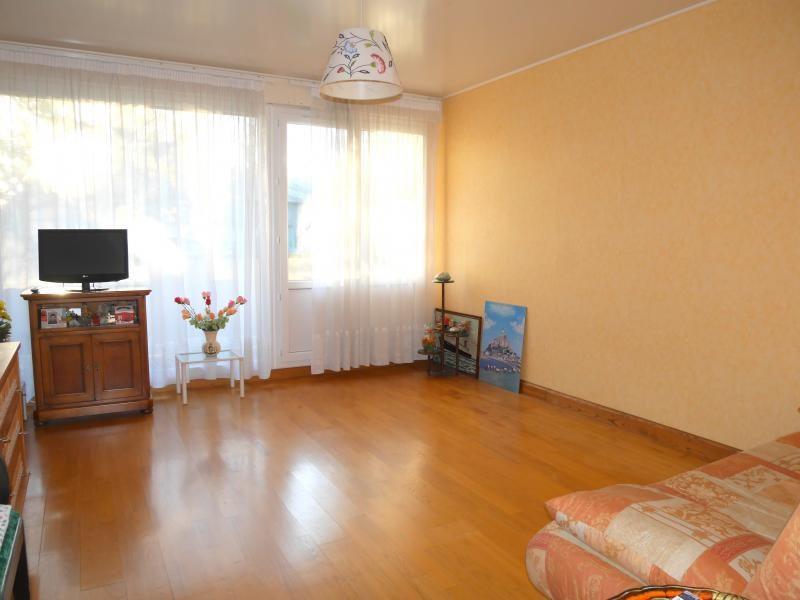 Sale apartment Le rheu 109500€ - Picture 2