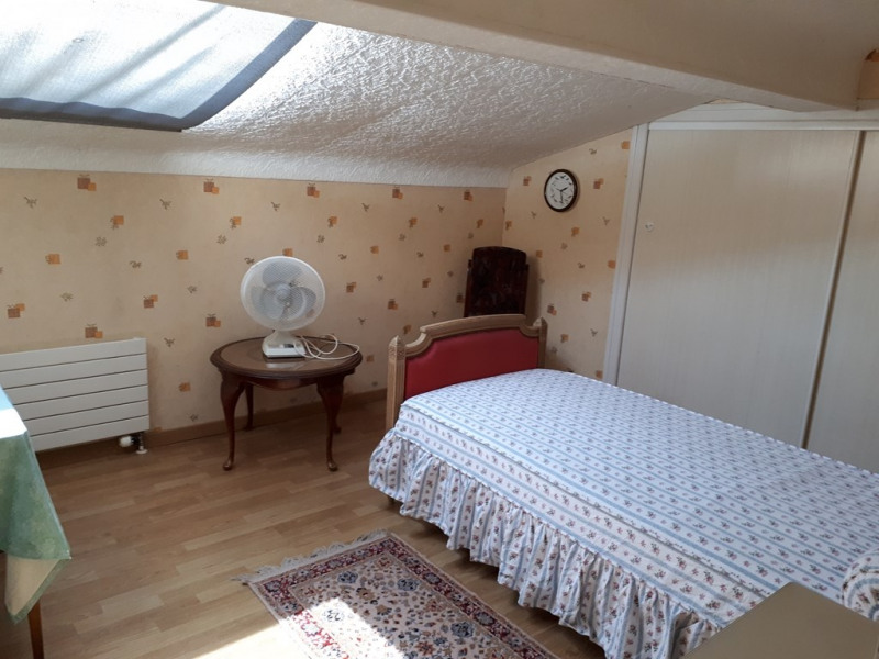 Rental apartment Poisy 1 300€ CC - Picture 2