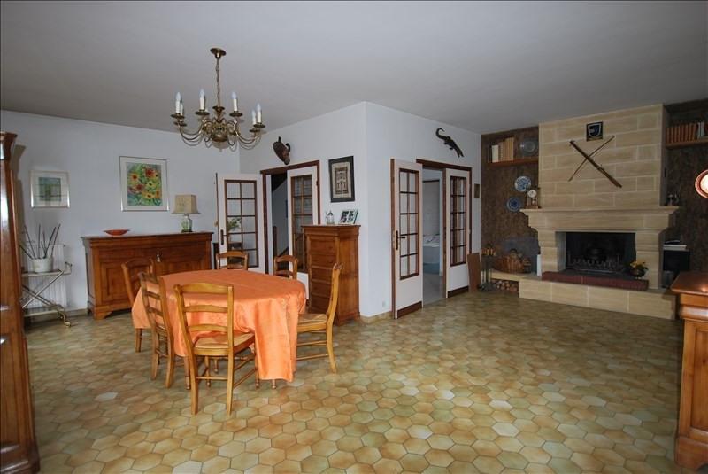 Sale house / villa Montfermeil 372000€ - Picture 3