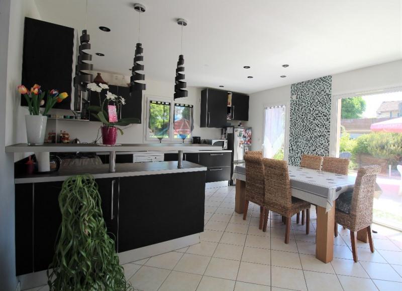 Sale house / villa Le pont de beauvoisin 255000€ - Picture 3