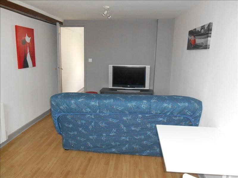 Location appartement Troyes 370€ CC - Photo 1