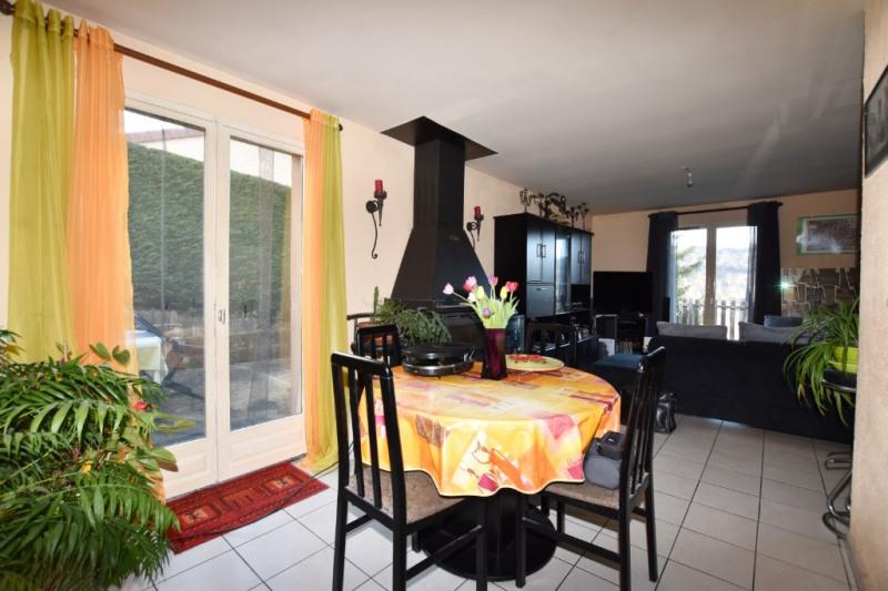 Sale house / villa Vals pres le puy 180000€ - Picture 3
