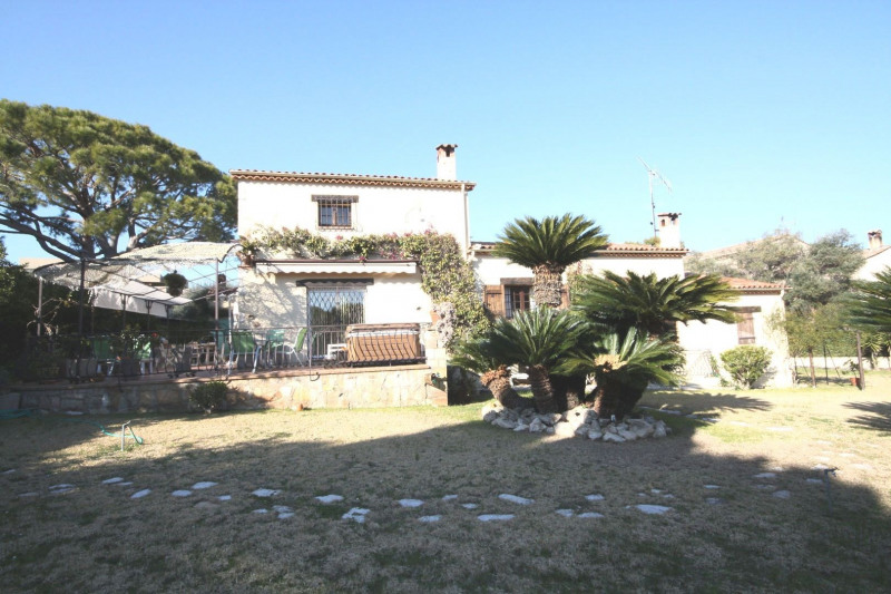 Deluxe sale house / villa Antibes 2 120 000€ - Picture 2