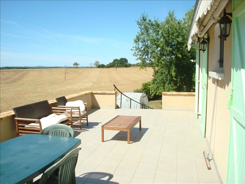Sale house / villa Champvoux 139100€ - Picture 3
