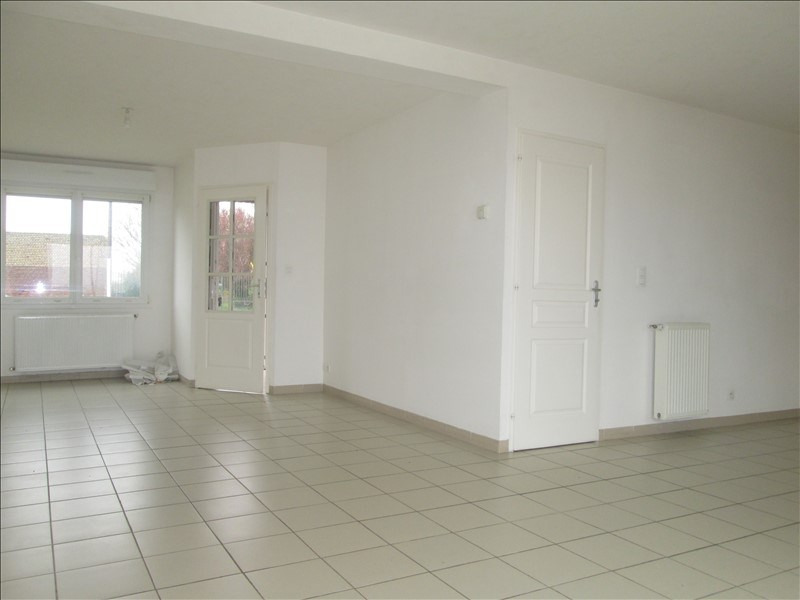 Location maison / villa Lestrem 785€ CC - Photo 2
