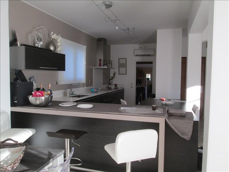 Deluxe sale house / villa Balaruc les bains 640000€ - Picture 2