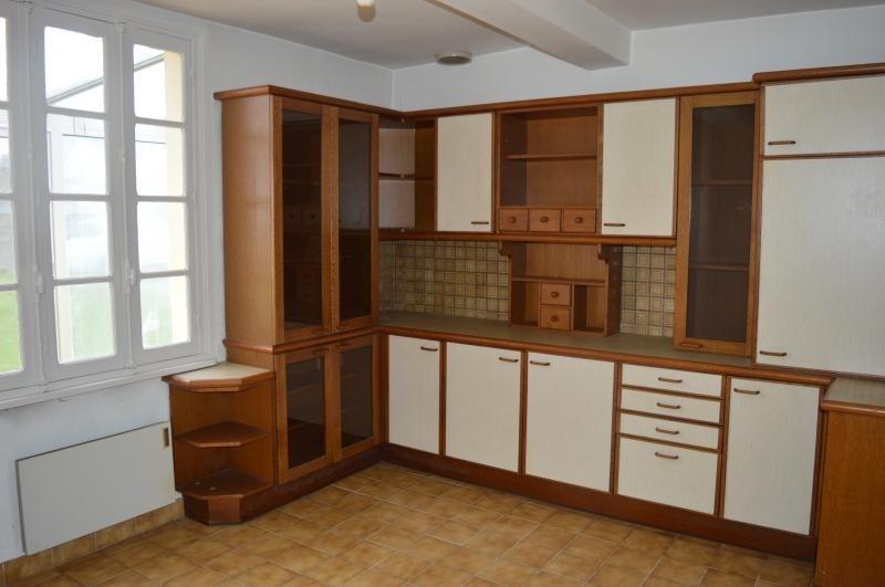 Sale house / villa St thonan 127200€ - Picture 4