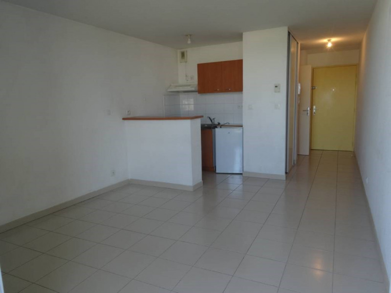 Alquiler  apartamento Montfavet 422€ CC - Fotografía 2