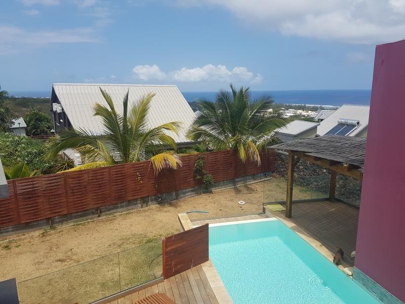 Deluxe sale house / villa St gilles les bains 650000€ - Picture 7