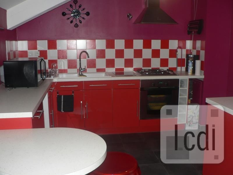 Vente appartement Oyonnax 110 000€ - Photo 2
