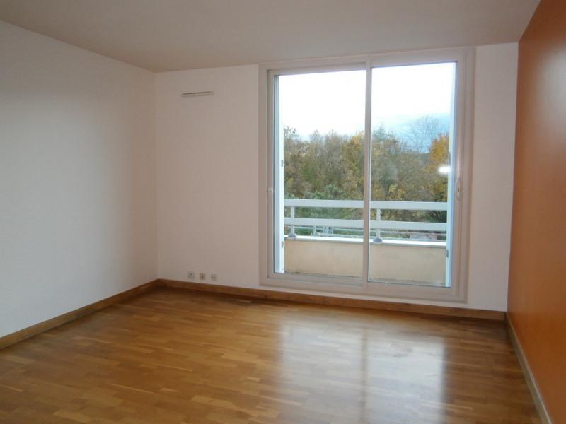 Appartement Montigny Le Bretonneux 3 pièce(s) 69.1 m2