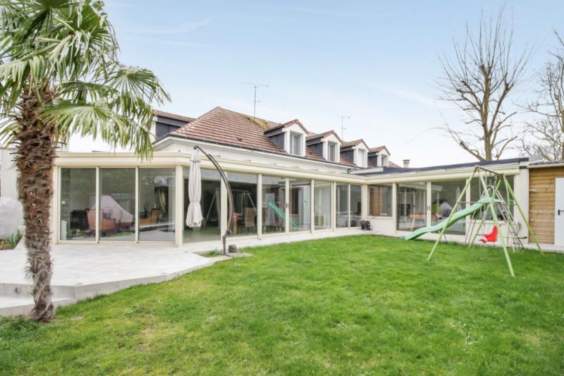 Deluxe sale house / villa Chatou 1190000€ - Picture 1