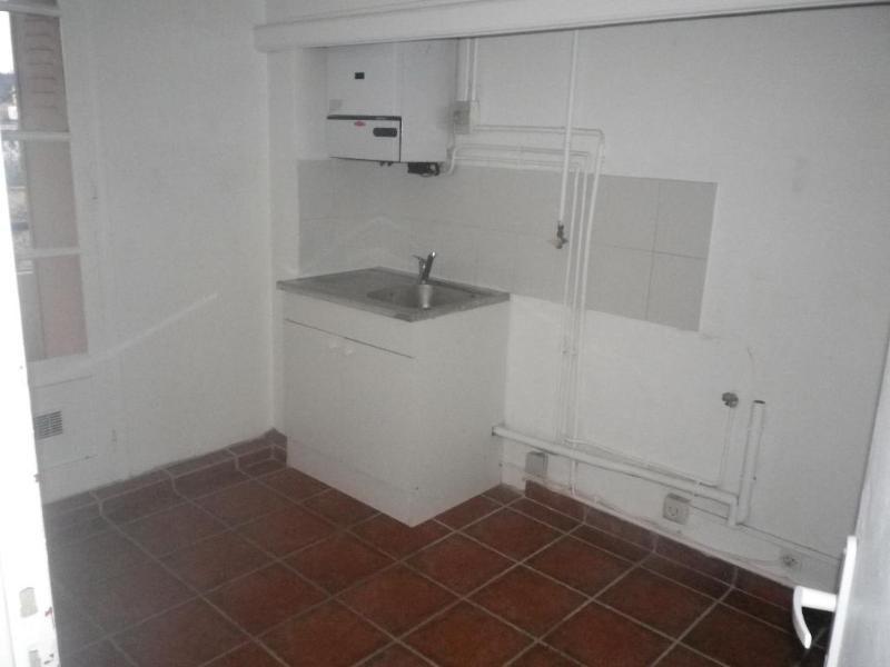 Location appartement Aix en provence 827€ CC - Photo 2