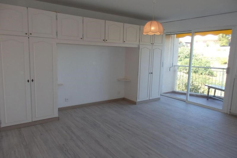 Sale apartment Cannes 107000€ - Picture 4