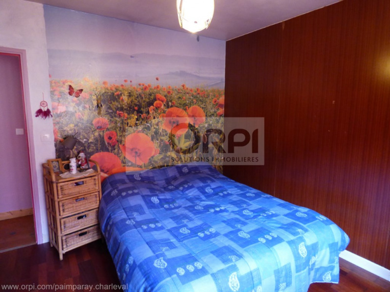 Vente maison / villa Charleval 163000€ - Photo 5