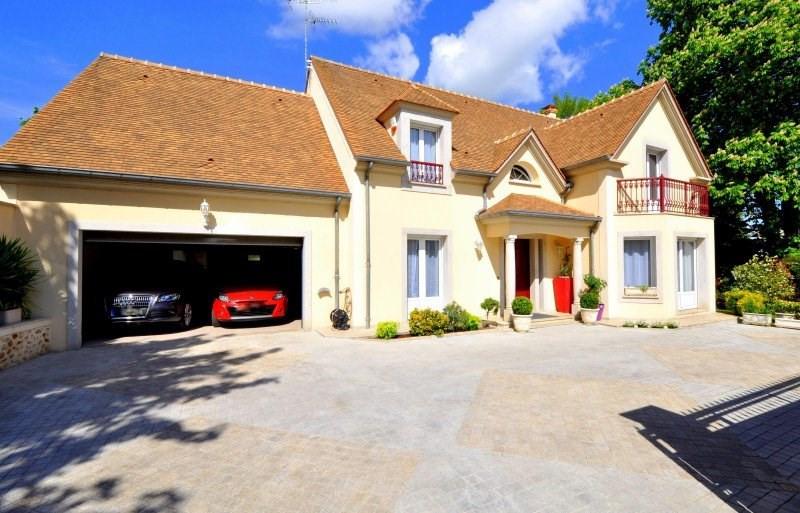 Sale house / villa Limours 635000€ - Picture 1