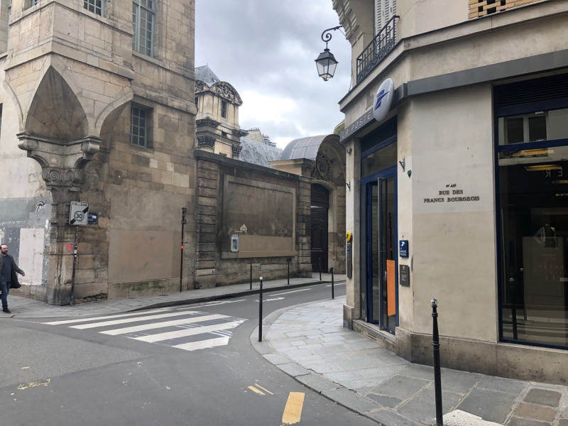 Location parking Paris 3ème 200€ CC - Photo 2