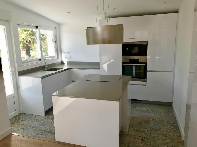 Deluxe sale house / villa Bidart 699600€ - Picture 2