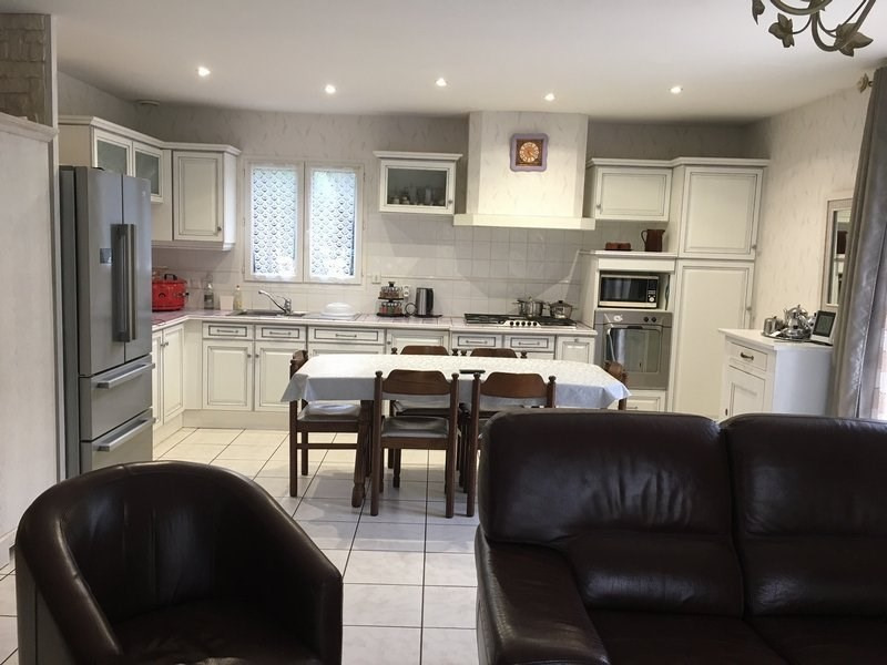 Sale house / villa St chamond 275000€ - Picture 6