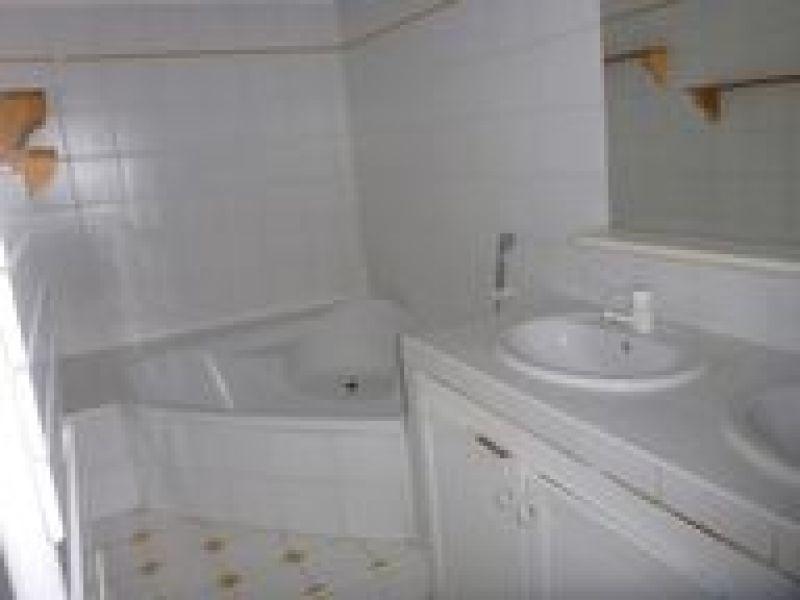 Rental apartment Ballancourt 847€ CC - Picture 4
