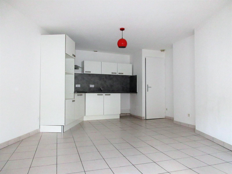 Vente appartement Voiron 165 000€ - Photo 1