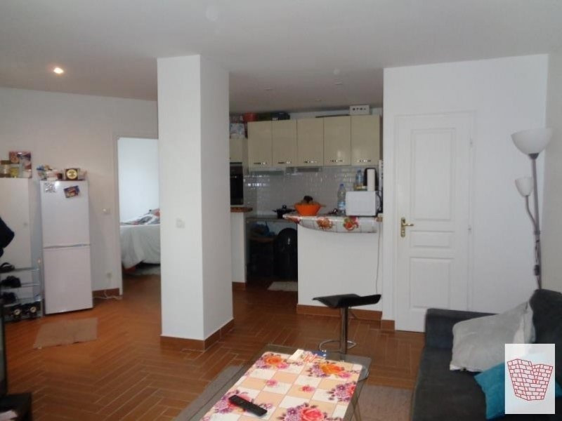 Sale apartment Colombes 230 000€ - Picture 1