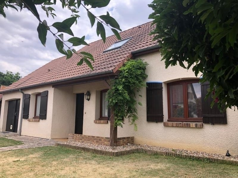 Sale house / villa St clair sur epte 205800€ - Picture 1