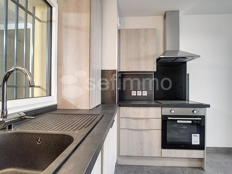 Location appartement Marseille 7ème 790€ CC - Photo 3
