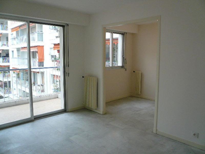 Location appartement Nice 740€ CC - Photo 2