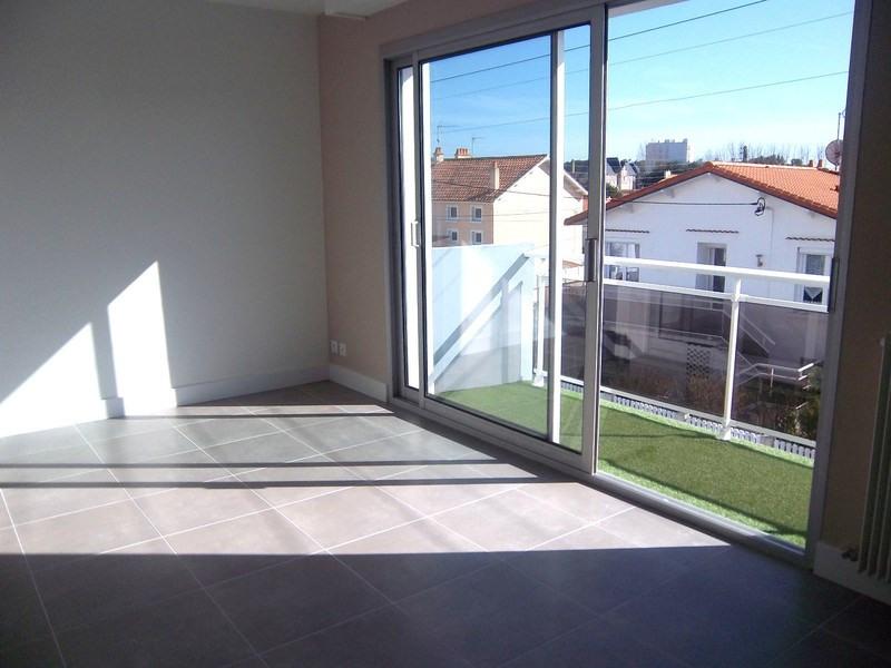 Sale apartment Les sables-d'olonne 261900€ - Picture 2