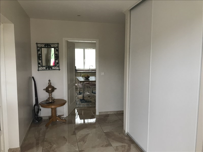 Sale house / villa Jouy mauvoisin 395000€ - Picture 2