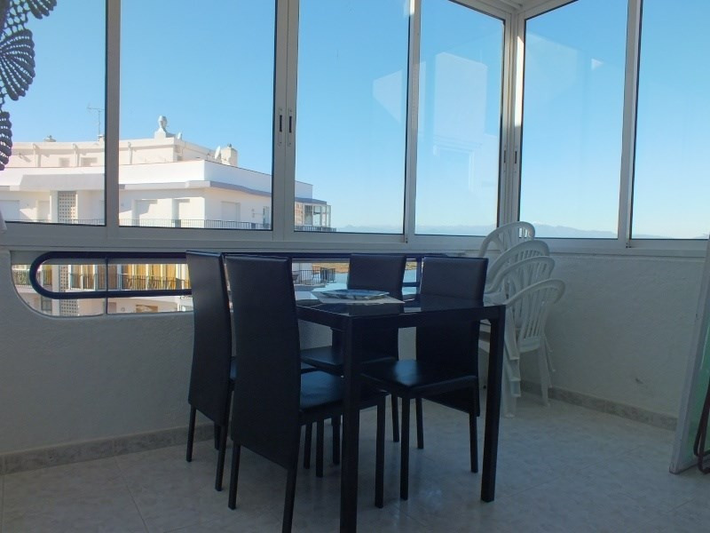 Location vacances appartement Roses santa-margarita 296€ - Photo 10