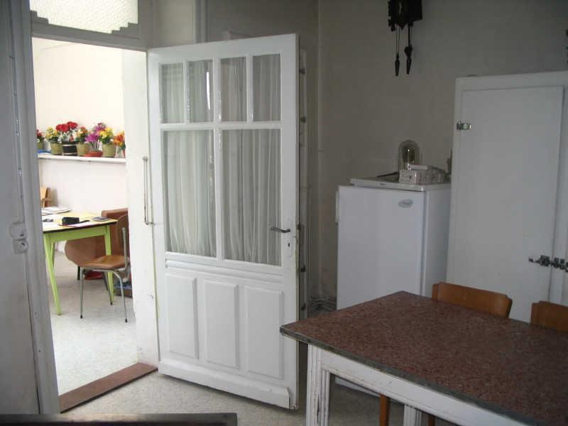 Sale house / villa St fraigne 120000€ - Picture 2