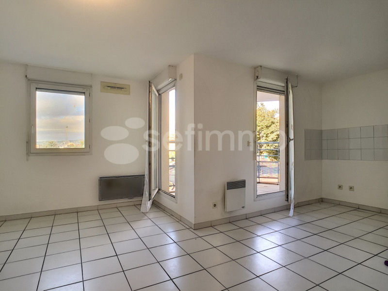 Rental apartment Marseille 16ème 641€ CC - Picture 2