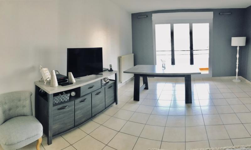 Sale apartment Tassin la demi lune 241100€ - Picture 1