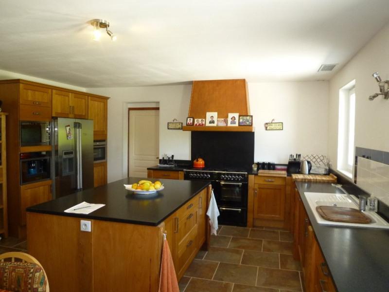 Sale house / villa Nercillac 430000€ - Picture 4