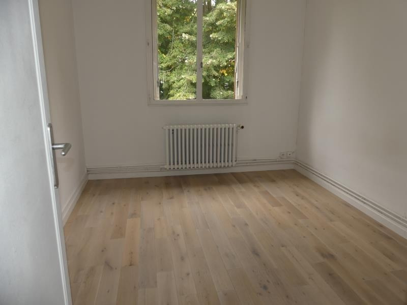 Sale apartment Chambly 174 800€ - Picture 3