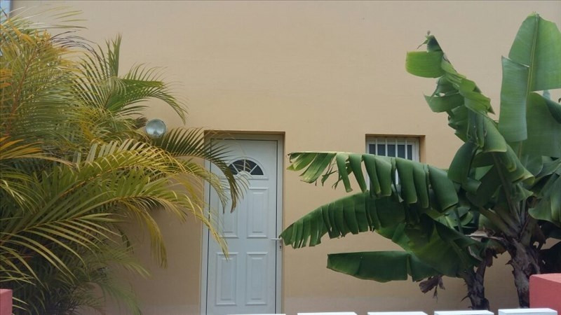 Sale apartment Les avirons 217 500€ - Picture 3